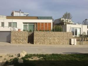 Oporný múr z gabionu Devín